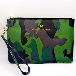 Simply Southern Leather Clutch CAMO